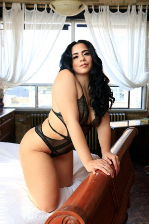 Gine escorts in Fort Bliss