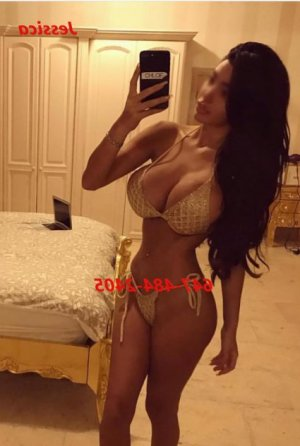 Aubery incall escorts